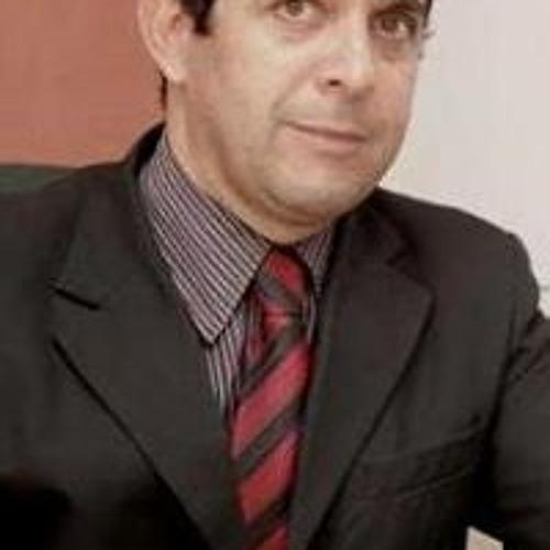 Ricardo Torres Rica's avatar