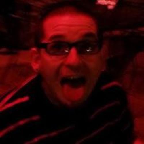 Justin Hooten's avatar