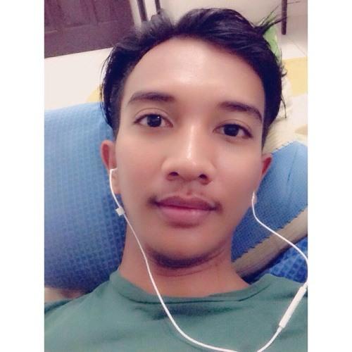 DanuThahar's avatar