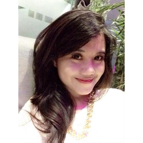 Gita Mariana's avatar