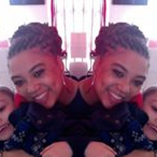 Lucy Araujo Andrade's avatar