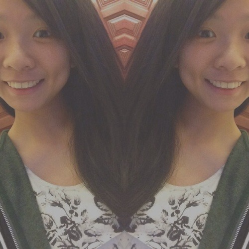 Low Desiree's avatar