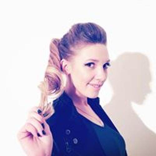 Anya Wuwkevih's avatar