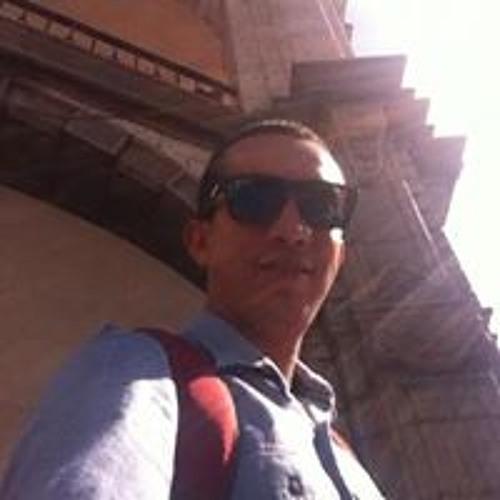 Carlos Estela's avatar