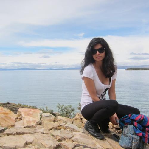 Connie Santander's avatar