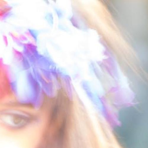 Malú Mora's avatar