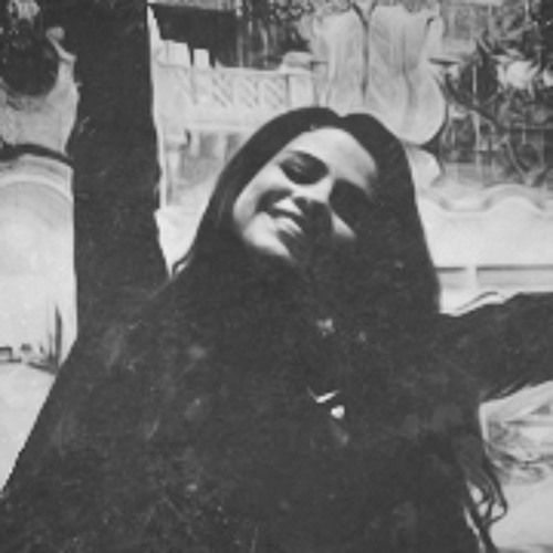Isabelle Lorena's avatar