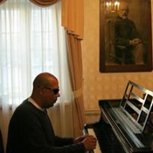 Wael Kader's avatar