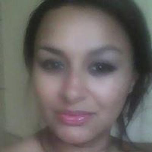 Paula Benavides 1's avatar