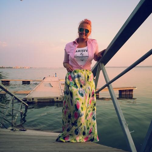 Miruna Vasiliu's avatar
