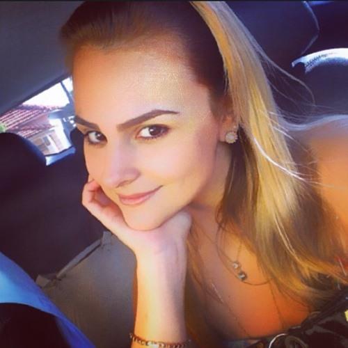 Moliane Erédia's avatar