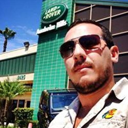 Reynaldo Romero 5's avatar