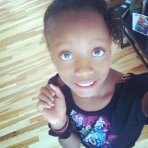 baby girll's avatar