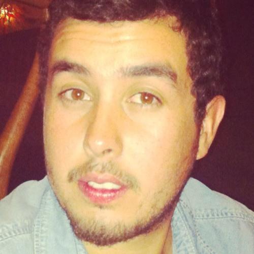 Álvaro Cáceres Calderón's avatar