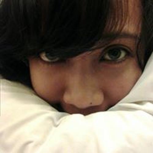 Ayu Rianti's avatar