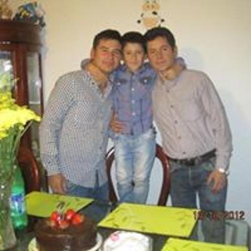 Andres Betancourt 18's avatar