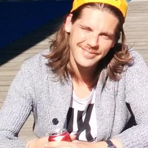 EmilLunden's avatar