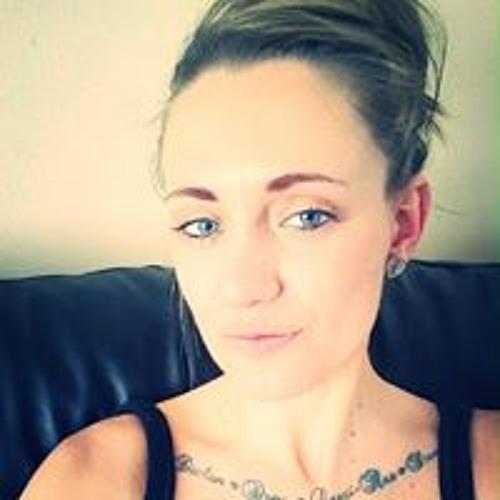 Louise Pennington's avatar