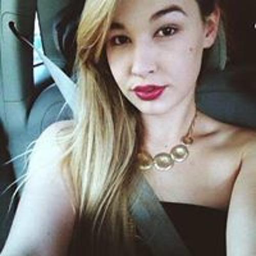 Laura Vickers 5's avatar