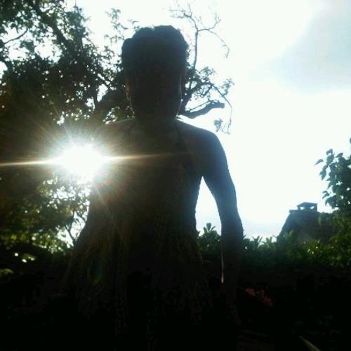 esta's avatar