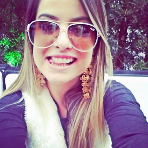 Aline Vendrami's avatar