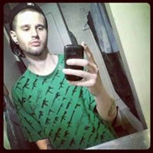 Dylan Michael Seelig's avatar
