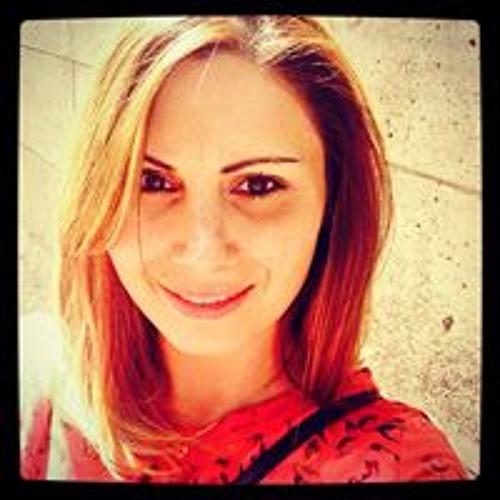 Larisa Mortazavi's avatar