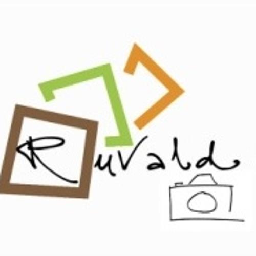 Ruvait Bashir's avatar