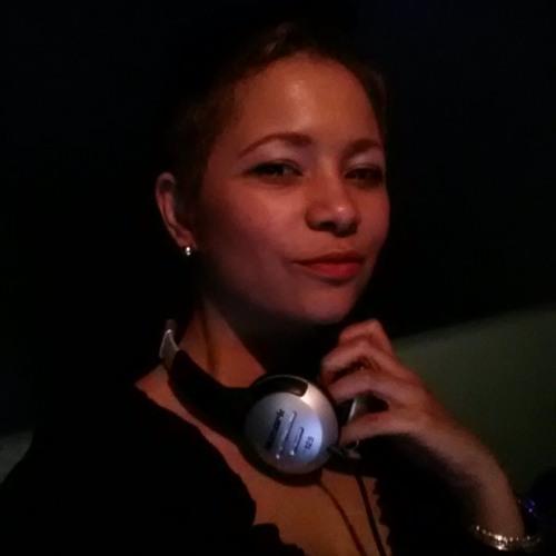 Mixtress Meta's avatar
