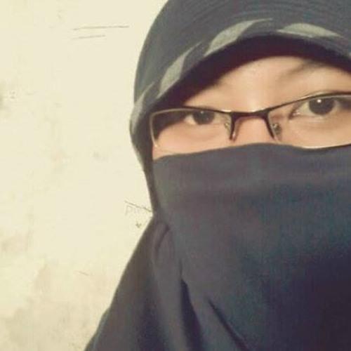 Nadia Dewi Aprilia's avatar