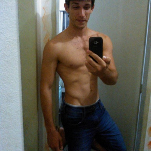 Alef Rener's avatar