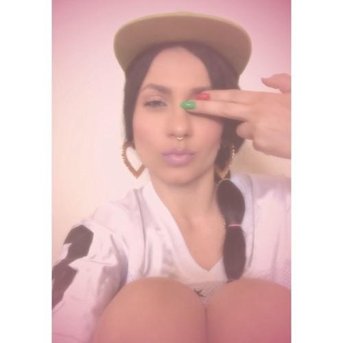 SupremeBae's avatar