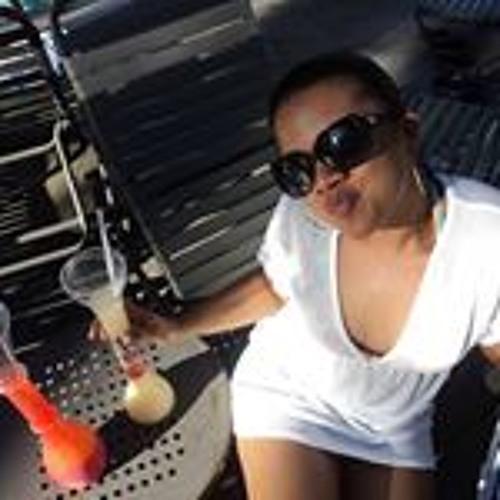 Dyanne Marquez's avatar