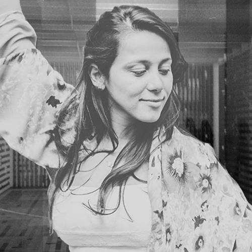 Iara Dias's avatar