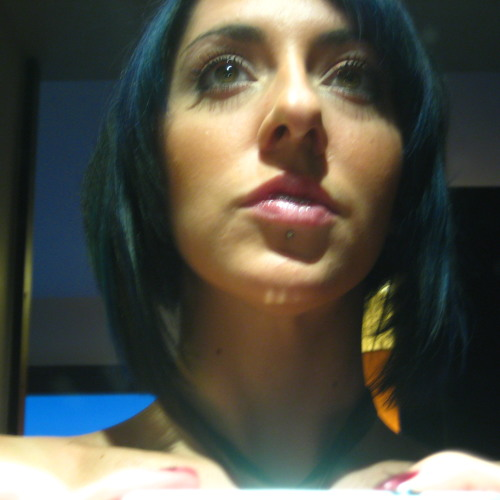 Carmen- Maria's avatar