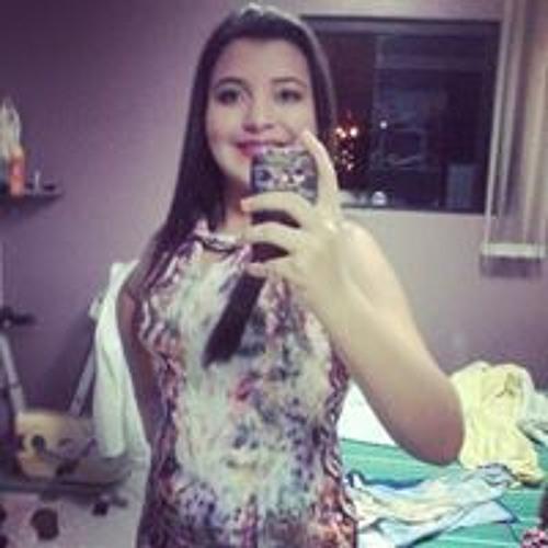 Lorena Ravena's avatar