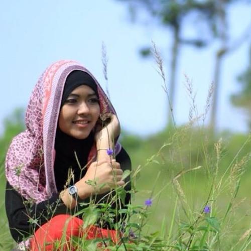 Wiwi N's avatar
