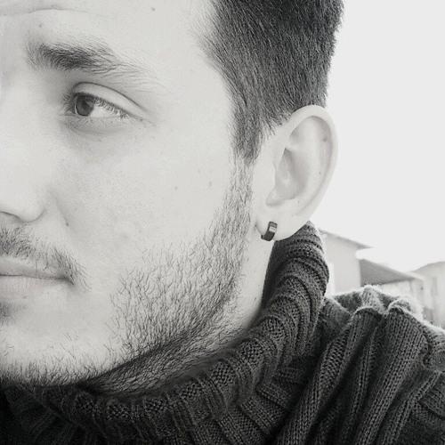 Lúcio Serrat's avatar