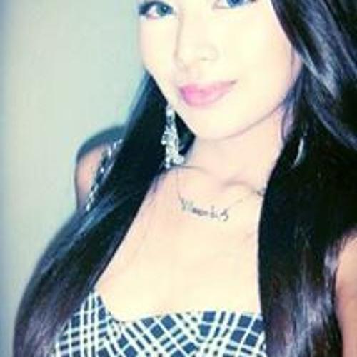 Ramona Go's avatar