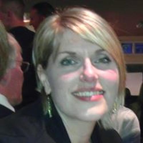Alison Lyall's avatar