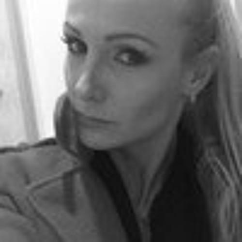 Zara Castellaz-faico's avatar