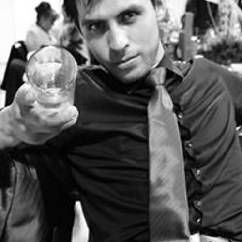 Roberto Galaviz's avatar