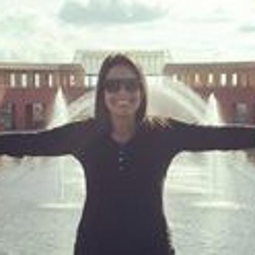 Suellen Freitas 1's avatar