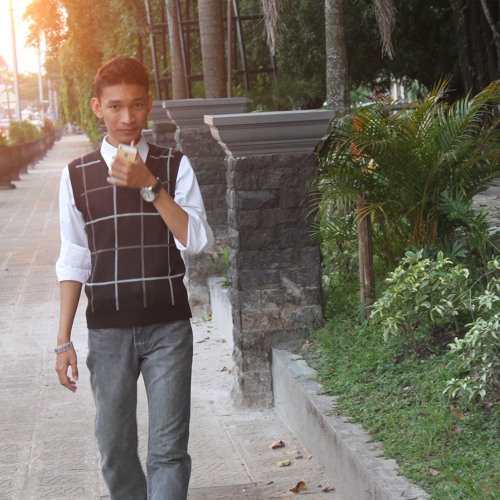 Erza Fratama's avatar