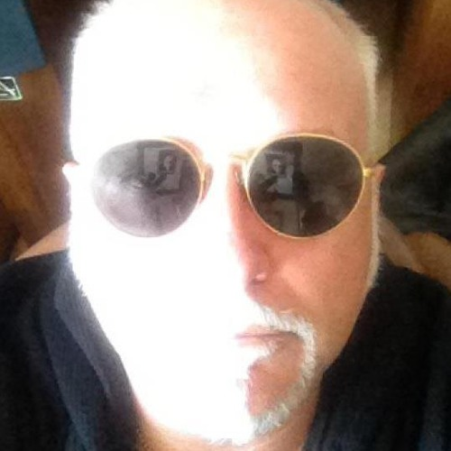 Reeves Gabrels's avatar