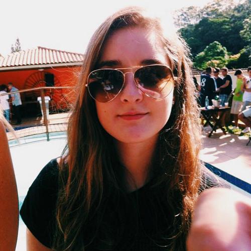 Carolina Vernei's avatar