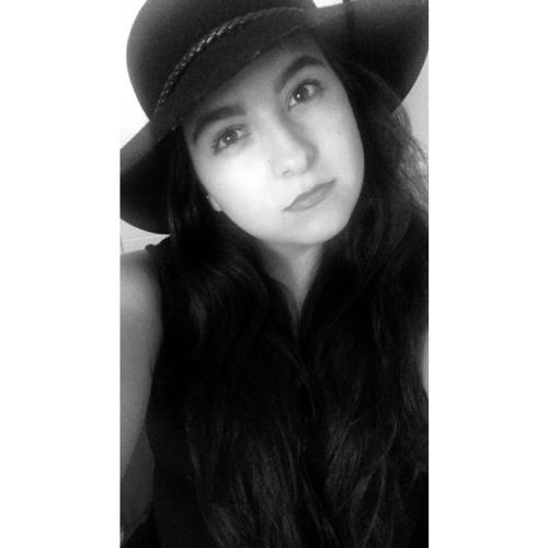 Naomy Caballero's avatar