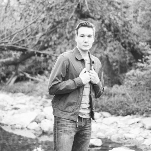 Connor Lake's avatar