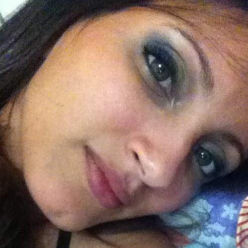 Dhébora Cristina's avatar
