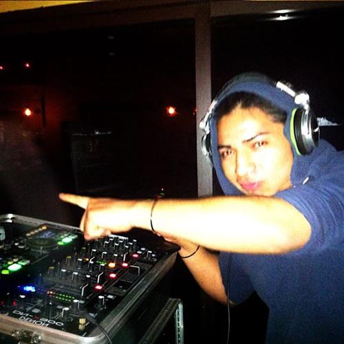 Armando Santizo's avatar